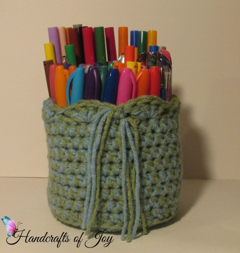 Simple and functional art pen holder.
